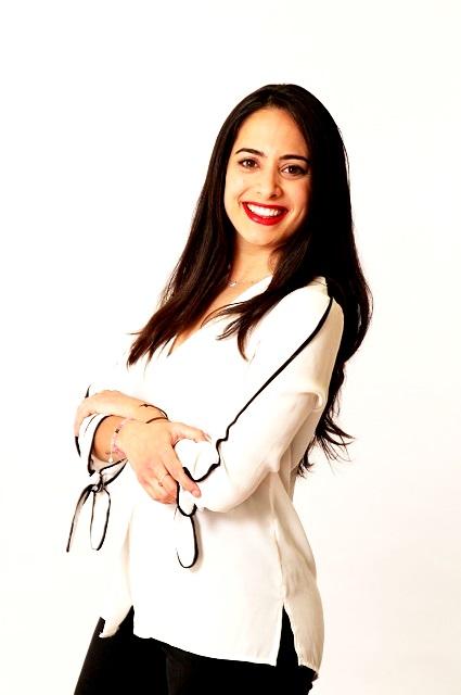 Dña. Isabel María Molino López