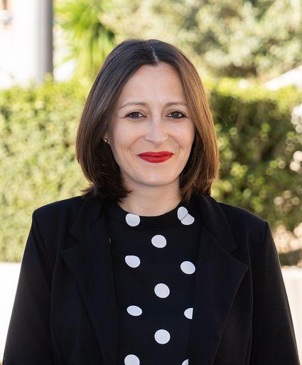 Dña. Isabel García Merinos