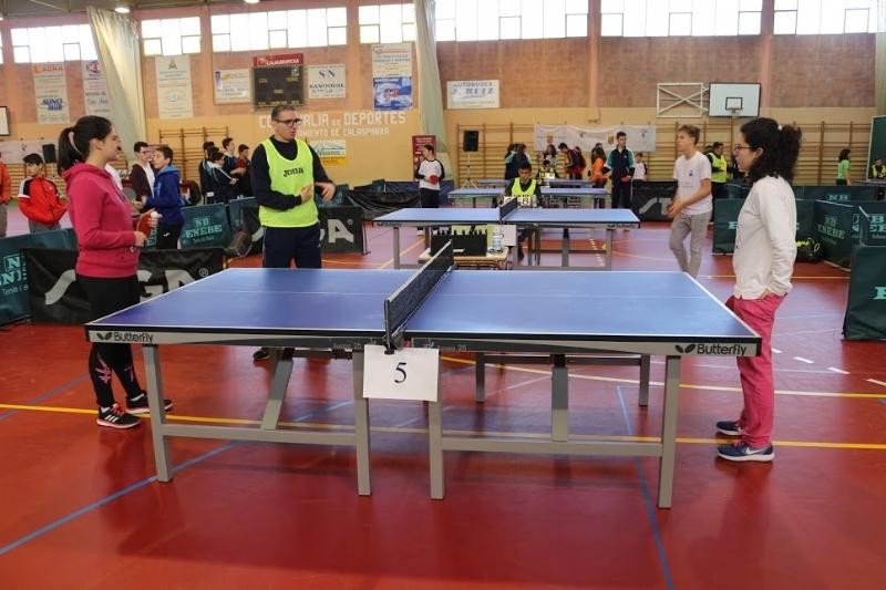 Los equipos, en categorías infantil femenino y juvenil masculino del IES Juan de la Cierva, se proclamaron campeones en la Final Regional de Tenis de Mesa de Deporte Escolar, celebrada en Calasparra