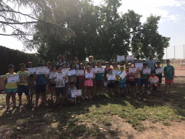 """Clausuran la segunda quincena de la Escuela de Verano en el Polideportivo Municipal """"6 de Diciembre"""" y en El Paretón, con la participación total de 135 niños y niñas"""