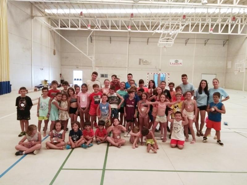 """Un total de 223 niños y niñas participan en la segunda quincena del Campus de Verano en el Polideportivo """"6 de Diciembre"""" y el Complejo Polideportivo """"Valle del Guadalentín"""", en El Paretón"""