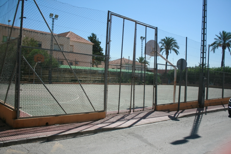 Se acuerda que la gestión y dinamización de las pistas deportivas de varios barrios de Totana las asuma la Concejalía de Deportes
