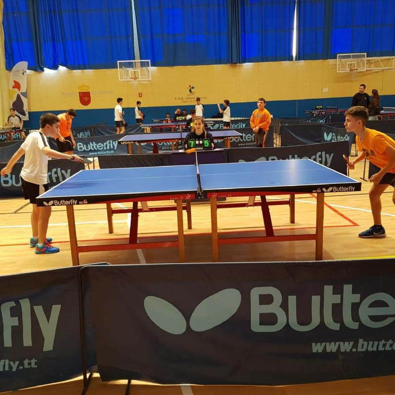 Los colegios La Milagrosa y Santiago participaron en la Jornada Regional Zona Sur de Tenis de Mesa de Deporte Escolar, celebrada en Los Narejos