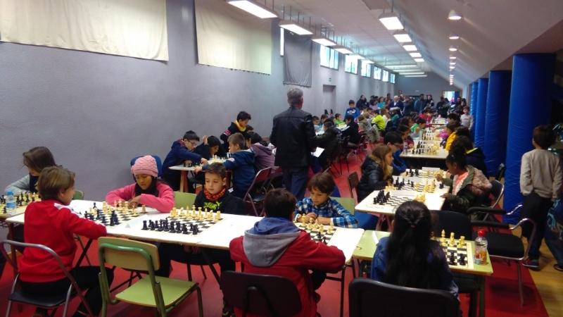 Récord de participación en la Fase Local de Ajedrez de Deporte Escolar, organizada por la Concejalía de Deportes y el Club de Ajedrez, con un total de 84 escolares