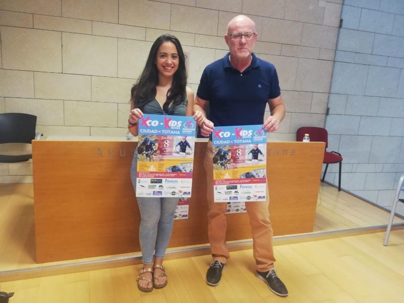 """Vídeo. La Ciudad Deportiva """"Valverde Reina"""" acoge mañana una prueba BTT del circuito de XCO, modalidad Rally Olímpica, la primera de estas características que se celebra en Totana"""