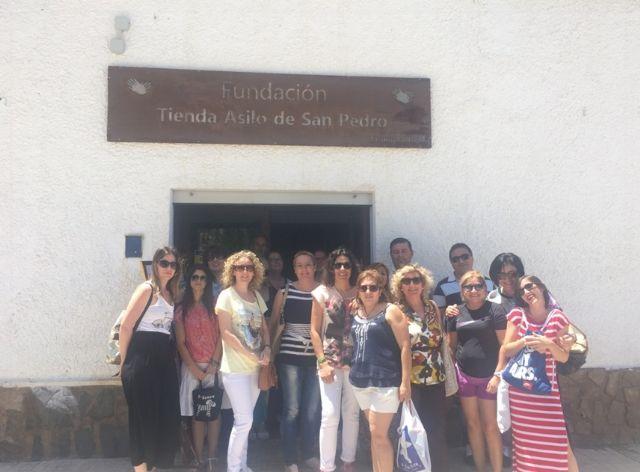 """Alumnos del programa mixto de """"Atención Sociosanitaria a Personas Dependientes en Instituciones Sociales"""" realizan dos visitas didácticas a fundaciones de Cartagena en su fase formativa"""