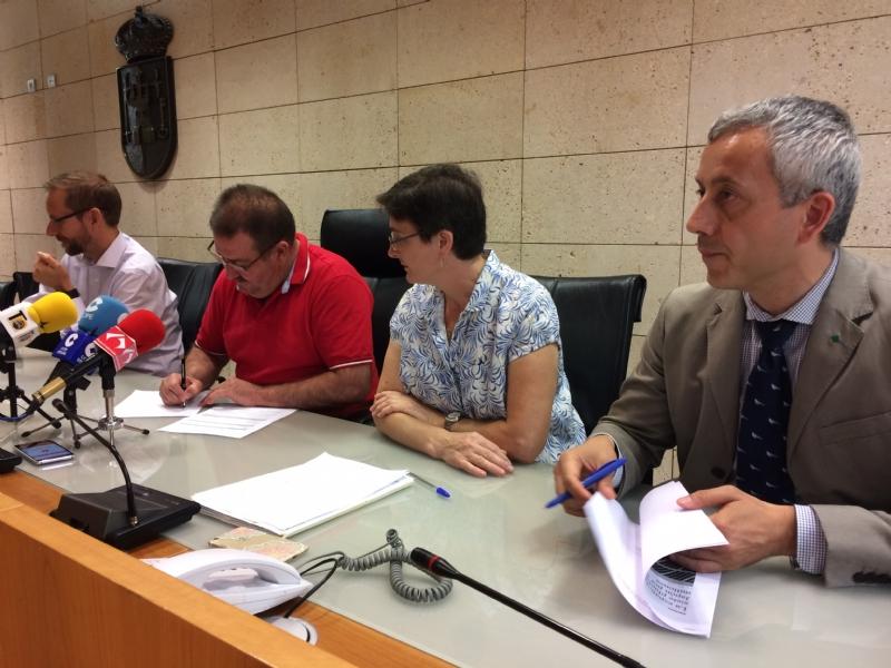 VÍDEO. Se presenta la Asociación contra la Línea de Alta Tensión 400 kV-Lorca Solar PV que pretende defender los derechos sociales y patrimoniales de los afectados por este trazado