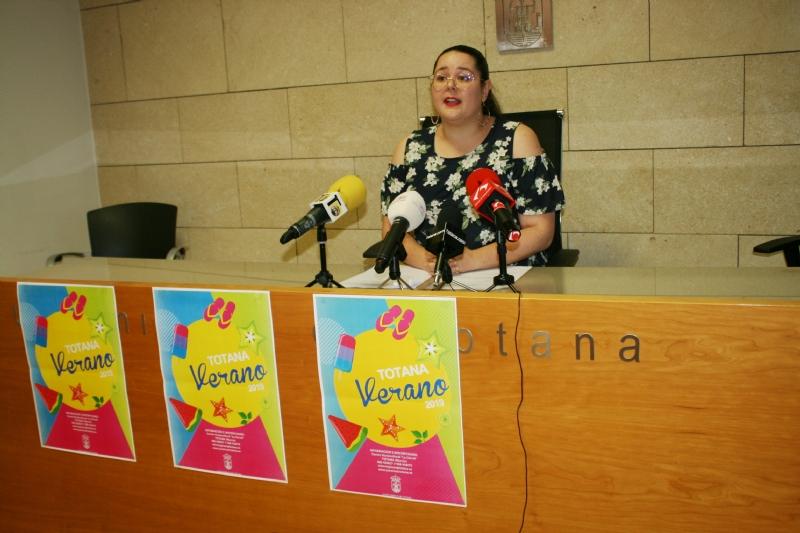 """Vídeo. Una decena de actividades conforman el programa """"Totana Verano 2019"""", que organiza Juventud con la colaboración de asociaciones y colectivos, y se prolongará hasta septiembre"""