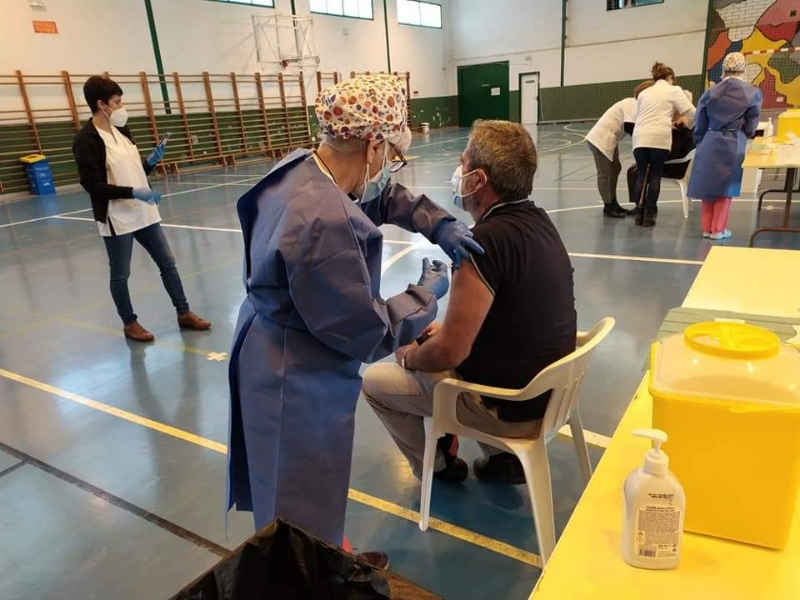 Salud Pública convoca a las personas nacidas entre 1956 y 1961, ambos incluidos, a vacunación con AstraZeneca este miércoles en el Pabellón de Deportes, de 9:30 a 14:30 horas