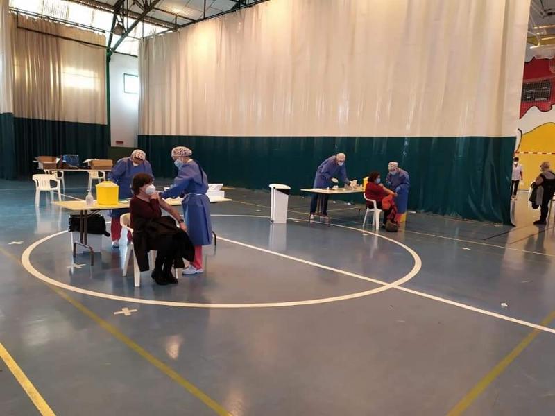 """Salud Pública convoca también a las personas nacidas entre 1942 y 1946, ambos incluidos, a vacunación con Pfizer este jueves en el Pabellón de Deportes """"Manolo Ibáñez"""", de 9:30 a 14:00 horas"""