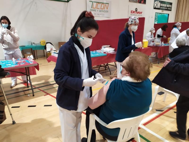 Vídeo. Cerca de 2.500 personas se han vacunado contra el COVID-19 en Totana durante las últimas 48 horas, en franjas de edad de población más adulta