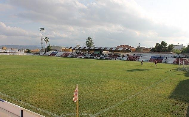 """Se acuerda suscribir un convenio de colaboración con el Club Olímpico de Totana para la utilización del campo municipal """"Juan Cayuela"""""""