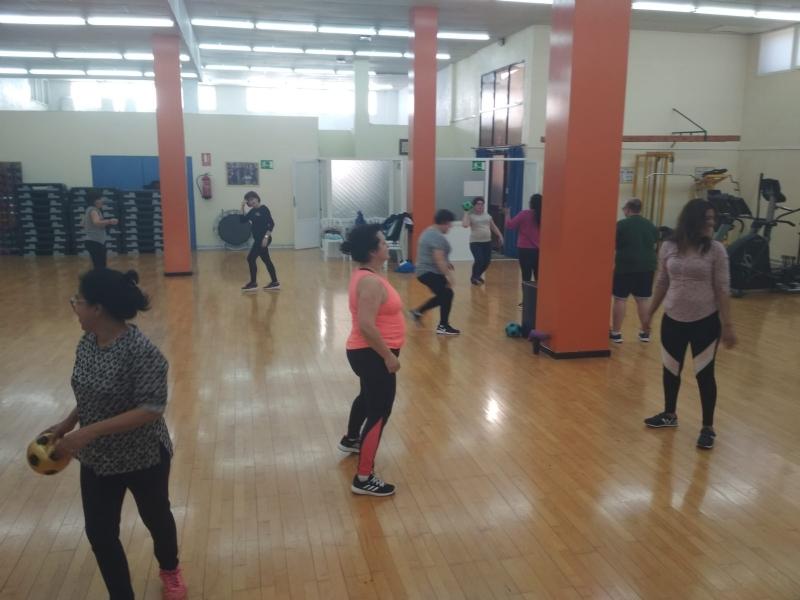 "Un total de 80 pacientes se benefician ya del programa de ejercicio físico terapéutico ""Activa Totana"" para extender este hábito a pacientes con factores de riesgo cardiovascular"