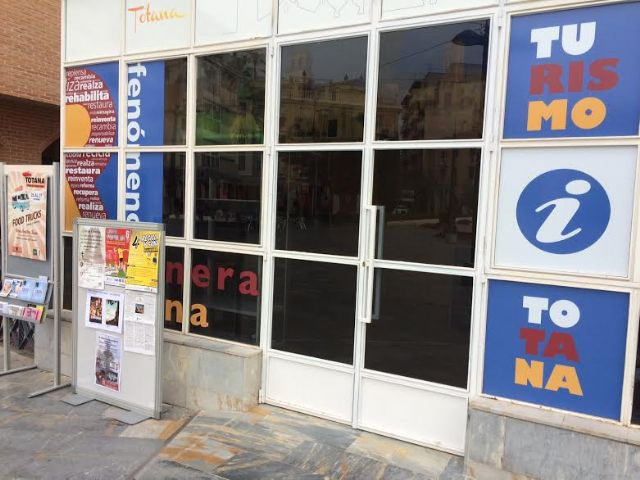 La Oficina de Turismo de Totana se traslada a unas dependencias en la plaza Balsa Vieja, junto al Centro Municipal de Personas Mayores
