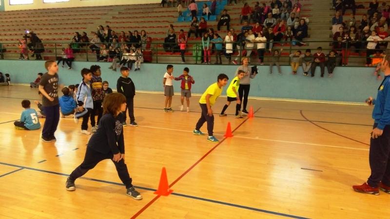 """Un total de 145 alumnos participaron en la Fase Local de """"Jugando al Atletismo benjamín"""" de Deporte Escolar, organizada por la Concejalía de Deportes"""