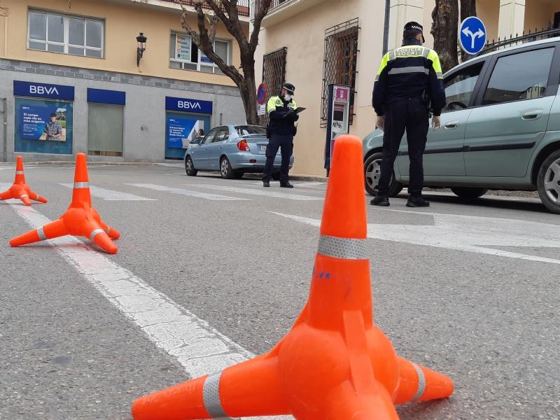 La Policía Local sanciona a 17 personas más por desobediencia y eleva esta cifra a 42 en este municipio desde la entrada del estado de alarma