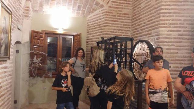 Se celebra una visita guiada nocturna a la Torre de la Iglesia con motivo del Día Internacional de los Museos