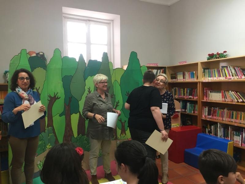 """Se entregan los premios del IV Concurso Literario de Poesía y Cuento """"Morerica Galán"""", en el que han participado treinta y ocho alumnos de tres colegios de Totana"""