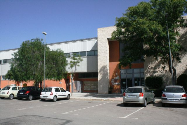El Centro de Desarrollo Local mantiene sus servicios de bolsas de Empleo y Formación, y la gestión de asesoramiento para el Centro Local de Empleo para Jóvenes y el Sistema de Garantía Juvenil