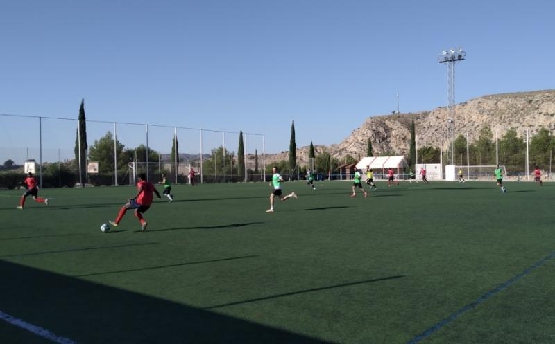 Deportes retomará la Liga de Fútbol