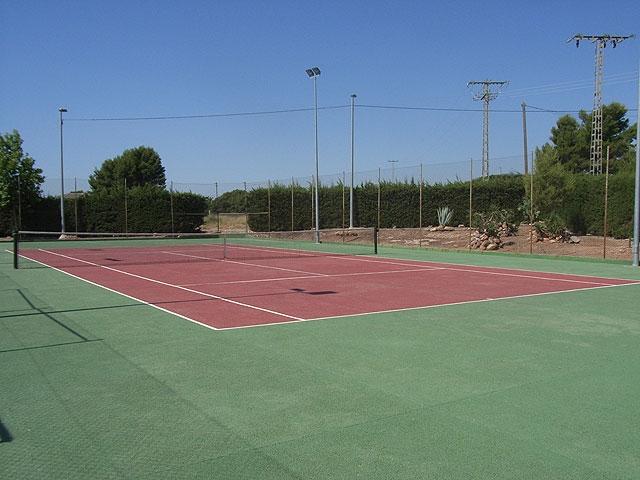 La Concejalía de Deportes aprueba un convenio de colaboración con los clubes y asociaciones deportivas de Totana para la adecuada utilización de las instalaciones deportivas municipales