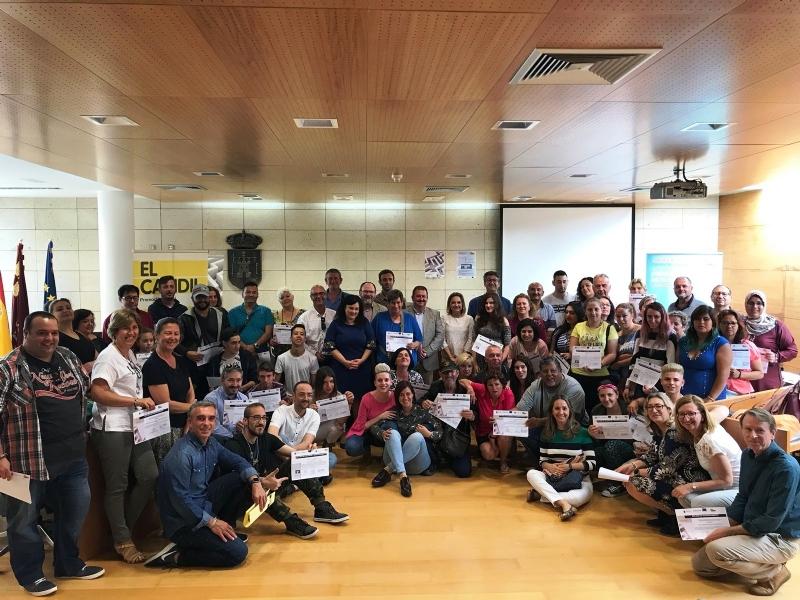 """Se clausuran las acciones formativas promovidas por el Colectivo """"El Candil"""" en los proyectos """"Labor: Un paso hacia la empleabilidad"""" y """"Labor 2.0: Garantía juvenil"""""""