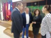 El alcalde acompaña al cónsul honorario de Francia en la Región de Murcia en una jornada formativa organizada por el Departamento de Lengua Francesa en el IES Prado Mayor