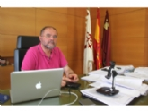 Vídeo. El alcalde muestra su rechazo por el procedimiento de reparto de los fondos extraordinarios del Gobierno de España para combatir la pandemia en los municipios de la Región