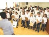 Vídeo. Presentan el nuevo Coro del CEIP Santiago que iniciará su andadura con el concierto de este domingo 22 de diciembre en la parroquia de Santiago (20:00 horas)