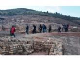 Profesionales de la Asociación de Guías Oficiales de la Región de Murcia visitan el yacimiento argárico de La Bastida