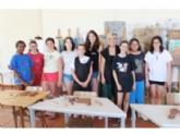 """Una decena de jóvenes han participado en el Taller de Artes Plásticas, Pintura y Escultura, organizado en """"La Cárcel"""" dentro del programa """"Totana Verano"""""""