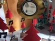 Vídeo. Usuarios de los centros de día para la discapacidad de Totana hacen entrega a la Asociación de Comerciantes de los adornos de Navidad que decorarán de forma uniforme los establecimientos - Foto 5