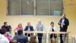 Más de una veintena de padres y madres asisten a la reunión para analizar el futuro de la comunidad educativa y el centro de enseñanza de la pedanía de Lébor - Foto 1