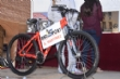 El Día de la Bicicleta, organizado por la Concejalía de Deportes, congregó a 420 participantes que disfrutaron de una magnífica jornada familiar en un gran ambiente festivo y deportivo - Foto 30