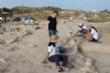 """Vídeo. Un total de 18 voluntarios participan en el VI Campo Arqueológico del Yacimiento de Las Cabezuelas, organizado por la Asociación para la Promoción Social y Turística """"Kalathos"""" - Foto 7"""