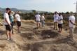 """Vídeo. Un total de 18 voluntarios participan en el VI Campo Arqueológico del Yacimiento de Las Cabezuelas, organizado por la Asociación para la Promoción Social y Turística """"Kalathos"""" - Foto 9"""