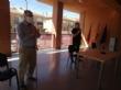Representantes de la comunidad educativa de Totana se reúnen con responsables del proyecto de intervención sociocomunitaria para convertir los centros en estructuras resilientes frente al COVID-19 - Foto 3