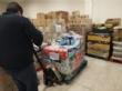 El concejal de Bienestar Social visita el Banco de Alimentos del Segura para trasladar la comida que correspondía a Cáritas de las Tres Avemarías - Foto 5