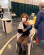 Usuarios y trabajadores de los Centros de Día para la Discapacidad y Personas Mayores reciben la primera dosis de la vacuna contra el COVID-19 - Foto 11
