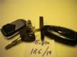 Ver foto 152 - EXPTE.186/19 1 LLAVE/MANDO VEHICULO FORD, 1 LLAVE DE CICLOMOTOR Y UN MANDO DE GARAJE EN UNA ANILLA