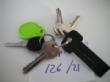 Ver foto 101 - EXPTE.126/21 1 LLAVE DE CICLOMOTOR, 3 LLAVES DE PUERTAS, 1 LLAVE COLOR NEGRO Y 1 LLAVERO COLOR VERDE